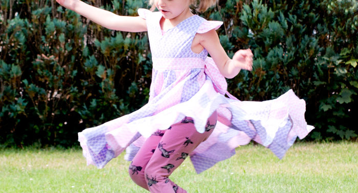 drehkleid nähen peppermint swirl dress