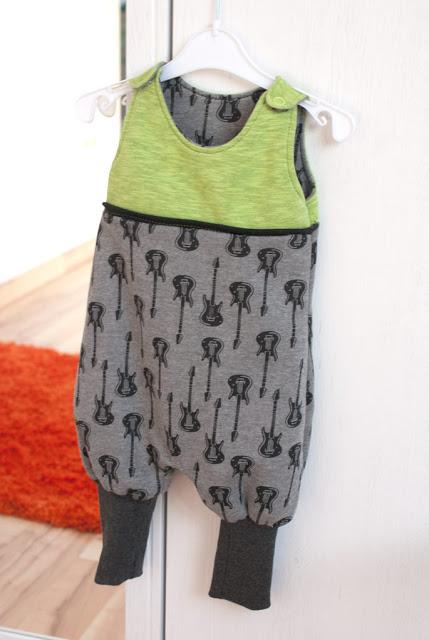 Nähen fürs Baby: Strampler Freebook