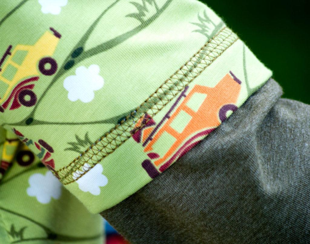 Langarmshirt nähen - Detail Covernaht