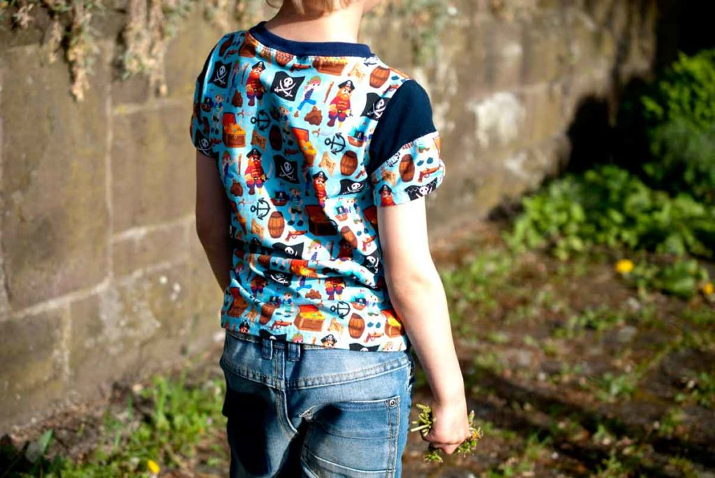 Cooles T-Shirt für Jungs - kostenloses Schnittmuster! * The Crafting ...