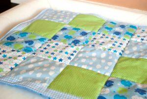 babydecke nähen einfach, anleitung patchwork für anfänger