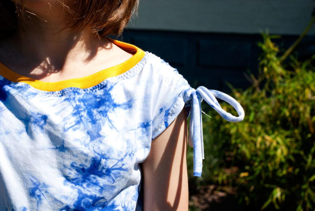 Shirt mit Bändern an den Schultern