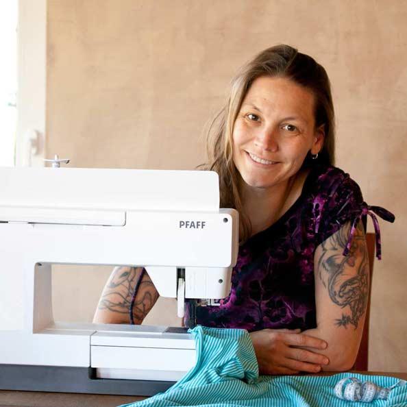 sonja crafting cafe